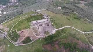 Dalle Tombe romane al Castello di Avella: trasvolata